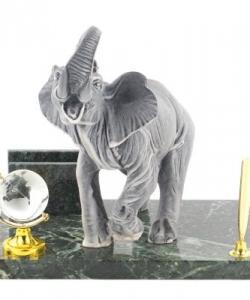Мини-набор  Слон  мрамолит змеевик 200х140х200 мм 2250 гр.