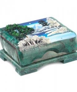 Шкатулка с расписной крышкой  Зимний пейзаж  170х110х80 мм 1600 гр.