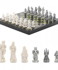 Шахматы  Средневековье  змеевик 410х410 мм